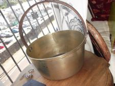 VERY LARGE ANTIQUE SOLID BRASS PRESERVE JAM PAN CAST IRON HANDLE 3.3KG